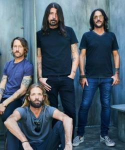 "Foo Fighters pode lançar ""disco de Rock Progressivo insano"", diz Dave Grohl"